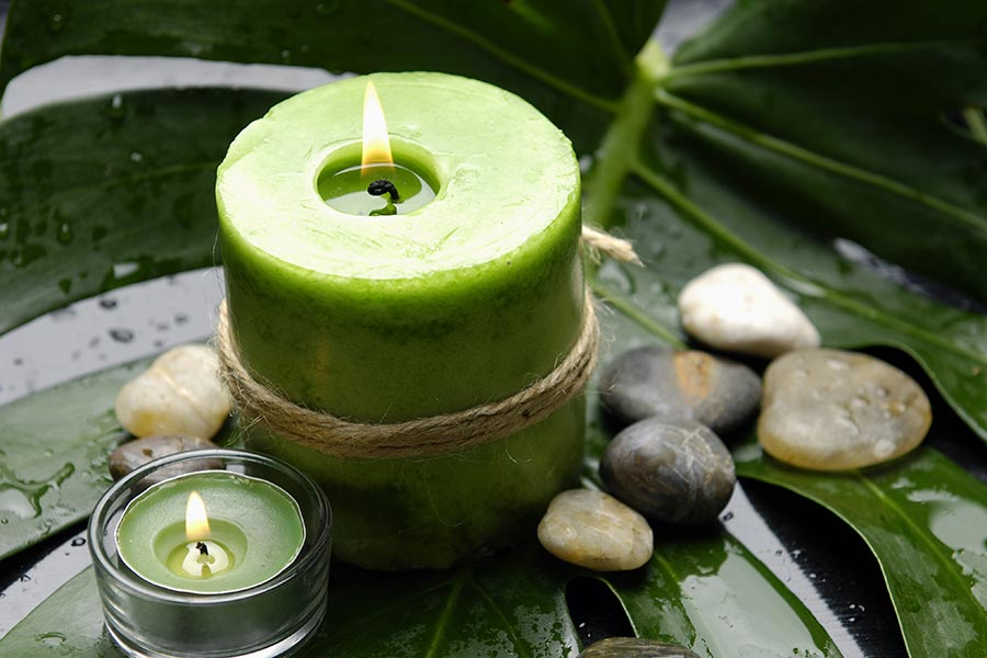 Scented candle for at home massage